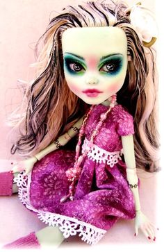 Frankie Stein Monster High Custom doll by Donna Anne  www.fantasydollsbyd.com  Commissions welcome