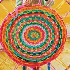 La silla Turquesa: TUTORIAL....Hula Hop=Alfombra