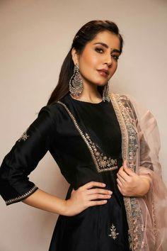 Bollywood Bikini, Bollywood Actress Hot, Bollywood Saree, Bollywood Actors, South Actress, South Indian Actress, Indian Fashion Dresses, Indian Outfits, Black Salwar Kameez