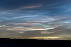 Polar stratospheric clouds from spaceweather.com