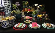 Mexican look and feel Bright Colors, Colours, Table Settings, Mexican, Table Decorations, Home Decor, Bright Colours, Decoration Home, Vivid Colors