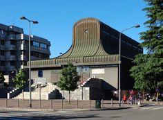 """Church """"San Nicolao della Flue"""" (1965-69) in Milano, Italy, by Ignazio Gardella"""