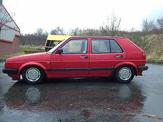 Omg I had one of these, my parents gave it to me. So sorry I got rid of it. RIP 1991 Golf, you are missed.