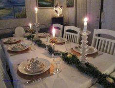 Motoristin Mutsi at home and garden Christmas Eve table