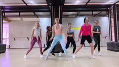 Girls Dance Fitness video Workout for Beginners Zumba Videos, Zumba Workout Videos, Gym Workout Tips, Exercise Dance Videos, Pilates Workout, Cardio Dance, Pop Pilates, Pilates Yoga, Dumbbell Workout