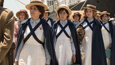 http://www.antena3.com/series/tiempos-de-guerra/fotos/las-damas-enfermeras-lideradas-por-carmen-angoloti-parten-a-melilla-para-salvar-vidas_2017091959c0da420cf209c229beef3a.html