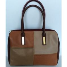 Multicolor medium size baguette  bag with double handles. It features boxed  design in which 921b9592c4327
