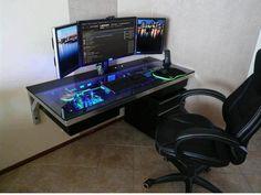 PC in a desk! Looks so sweet, Drool.