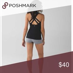 Lululemon Enhearten Tank Shelf bra with pockets for pads, not included. Worn 4 times, perfect condition. lululemon athletica Tops Tank Tops