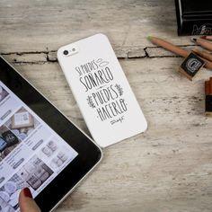 """Carcasa en blanco para iPhone 4, 4s y 5 """"Si puedes soñarlo, puedes hacerlo"""". Se venden en: www.mrwonderfulshop.es #carcasa #iphone #funda"""