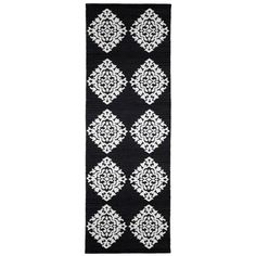 With soft black tones mixed with white, the Black Medallion Jacquard rug is a conscientious choice made of natural cotton. Using centuries old Jacquard process, each rug is 2 rugs in 1 as each is completely reversible with contrasting designs on each side