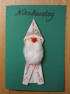 Ein Geldgeschenk in Nikolaus-Form. So geht's. A money gift in Santa Claus form. Christmas And New Year, Christmas Time, Christmas Crafts, Christmas Ornaments, Don D'argent, Diy And Crafts, Paper Crafts, Christmas Napkins, Silver Gifts