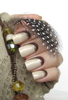 Mari's Nail Polish Blog - http://www.muxe.net/blog/2012/09/oh-so-glam-golden-shimmer-by-opi/