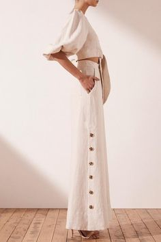 Wide Leg Linen Pants, Wide Pants, Suit Fashion, Fashion Outfits, Style Fashion, Tuxedo Dress, Dressed To The Nines, Linens And Lace, Weekend Style