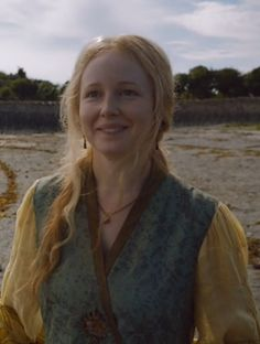 Lollys Stokeworth - noble woman promised to Ser Bronn for marriage