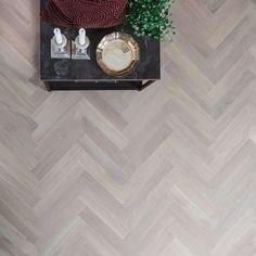 Bjelin Fiskbensparkett BODEN Select Vit mattlack Ek Hardwood Floors, Flooring, New Homes, House, Living Room, Interior Design, Home Decor, Houses, Parquetry
