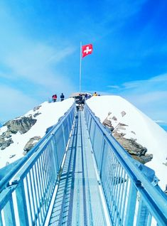 Glacier 3000 sky walk must do, what a experience  on this highest suspension bridge built in #Switzerland  #Glacier3000 #Gstaad