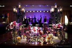 Loving these beautiful #florals!  Amazing work by: Photographer: @cliffmautner   via Table Decorating Ideas   #rentmywedding