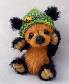 Pip by ASBears One of Anika's Mini Bears -- Halloween flavored! :)