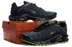 Air Max TN Mens In Black Green Gray