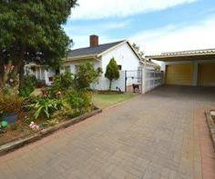 4 Bedroom House for sale in Farrarmere - Benoni