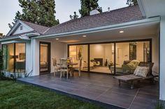 2400 Glendower Avenue Los Angeles, CA 90027