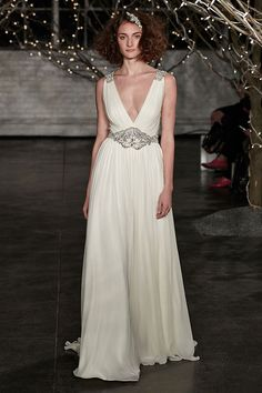 465d6699f7d 5 Insanely Romantic New Wedding Dresses From Jenny Packham  Perfect for Brides  Going for That
