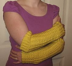 Ravelry: Fall Arm Warmers pattern by Gayle Francis