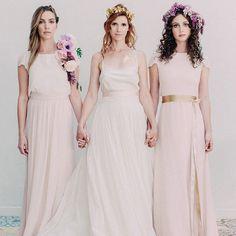 Gorgeous feature on @weddingchicks today featuring #JoannaAugust bridesmaids…