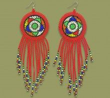 African Beaded Earrings in Traditional Zulu and contemporary colours and designs. Handmade by highly skilled Read Beaded Earrings, Drop Earrings, African Crafts, African Beads, Dream Catcher, How To Make, Handmade, Tassel, Jewelry