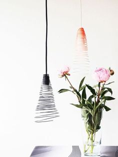 Make wire lamp shades