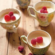 Honey Lemon Cream Puddings - Annabel Langbein. This was recommended by a friend who makes these all the time. EASY!