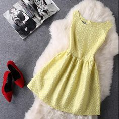 Fashion Embroidery Round Neck A-Line Dress