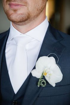 Photography: Sara Richardson Photography - sararichardsonphoto.com Floral Design: Cabo Floral Studio - cabofloralstudio.com/ Groom's Attire: Hart Schaffer Marx Suits From Fitzgeralds Men's Store In Grand Rapids, MI - www.hartschaffnermarx.com/#about   Read More on SMP: http://www.stylemepretty.com/destination-weddings/2015/11/15/paradise-found-romantic-tropical-wedding-in-mexico/