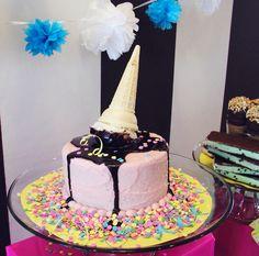 Melting Ice Cream Cone Cake-so cute Ice Cream Cone Cake, Ice Cream Party, Cream Cake, Sundae Party, Melting Ice Cream, Fondant, Old Fashioned Ice Cream, Ice Cake, Ice Cream Social