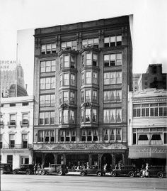 1920's-30's view of Godchaux's department store at 826-828 Canal Street