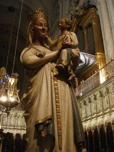Toledo Virgen Coro.jpg