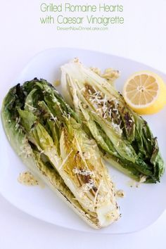 Grilled Romaine Hearts with Caesar Vinaigrette. Love grilled romaine - can't wait to try out the caesar vinaigrette! Grilled Romaine Hearts, Grilled Romaine Salad, Grilled Caesar Salad Recipe, I Love Food, Good Food, Grilling Recipes, Cooking Recipes, Vegetarian Recipes, Healthy Recipes