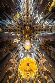 Interior of Sagrada Familia, Barcelona by Clément Celma. Original design was by Gaudi Antonio Gaudi, Architecture Cool, Houses Of The Holy, Barcelona Catalonia, Kirchen, Wide Angle, Spain, House Design, Photos