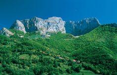Contemplar la grandeza de los picos de Europa de igual a igual