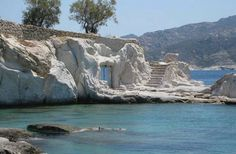 the island of Kimolos-Greece different houses Myconos, Paradise On Earth, Small Island, Archipelago, Greek Islands, Greece Travel, Amazing Nature, Beautiful Beaches, Places To See