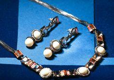 Brinco e colar da família Johanna da designer Camila Klein para PAULA SAVINI ☆ Rua 18, N°476, Setor Oeste ☆ (62) 3280-4333