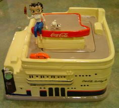 Betty Boop Coca Cola Limited Edition of 1200 Cookie Jar made in China by Vandor