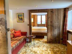 neu renoviert haben wir unser Doppelzimmer Nr. 4 im Gatterhof Kleinwalsertal. Divider, Bed, Room, Furniture, Home Decor, Single Bedroom, Remodels, Bedroom, Decoration Home