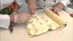 Aprenda a fazer o Pastel de Belem da casa!