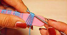 ¿Y si buena parte de la salud pasara por una aguja? Pero no una aguja cualquiera, ¡una aguja de crochet! Muchos ven el fino arte de tejer...