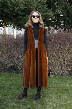 Marisa Berenson, in Dior,  au premier rang du défilé Dior haute couture P/E 2016