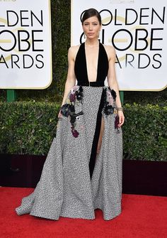 Jessica Biel in Elie Saab Couture at the 2017 Golden Globes