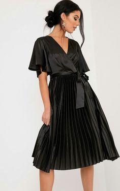 Mairee Satin Pleated Midi dress |prettylittlething.com