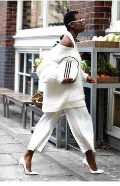 73038e77031  white  sweater  pants  outfit  blackgirlmagic  streetstyle Estilo Fashion